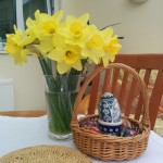 an-eggcellent-easter-table-decorations