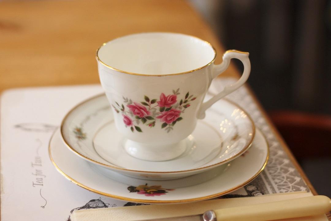 cornish-blogger-meet-up-afternoon-tea-at-bone-china-7