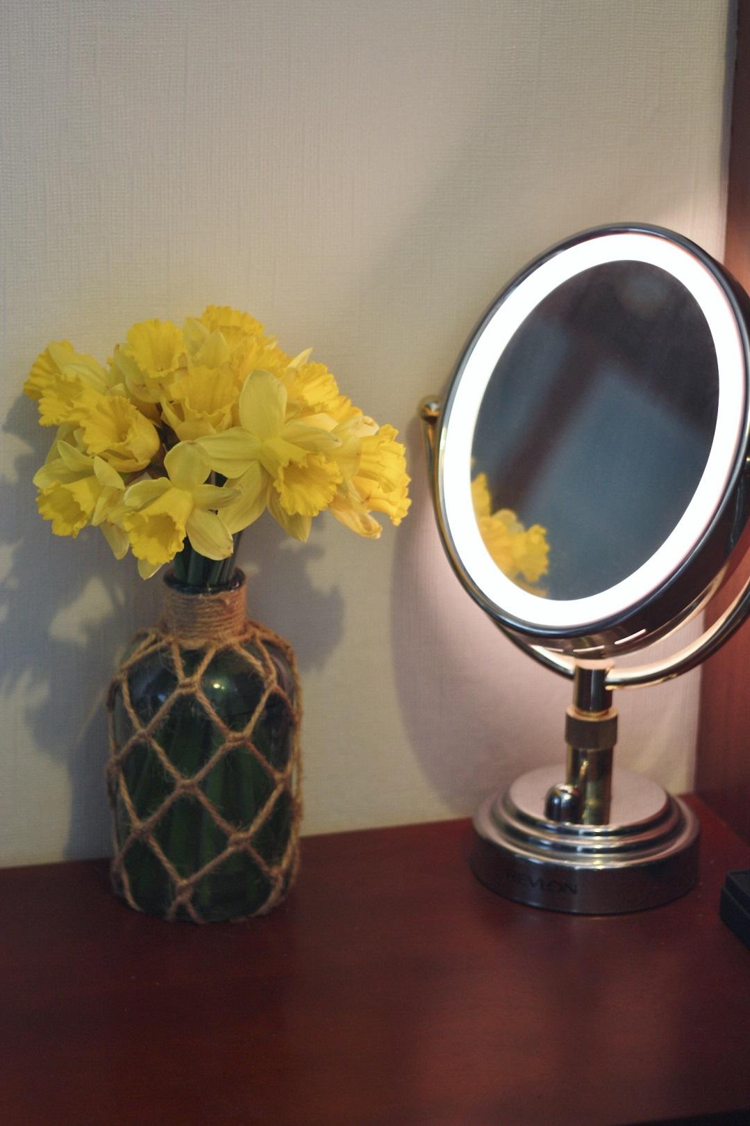 mirror-mirror-4