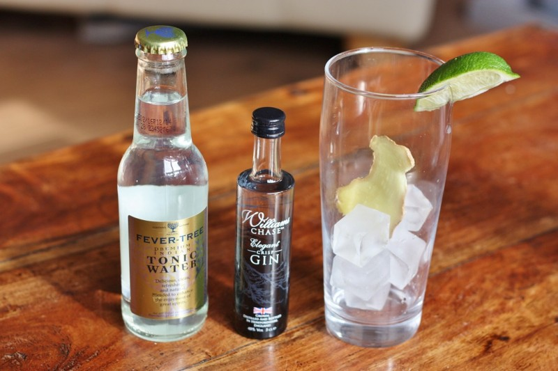 How to Make the Perfect Cocktail - William's Chase Distillery GB Gin and Tonic 7
