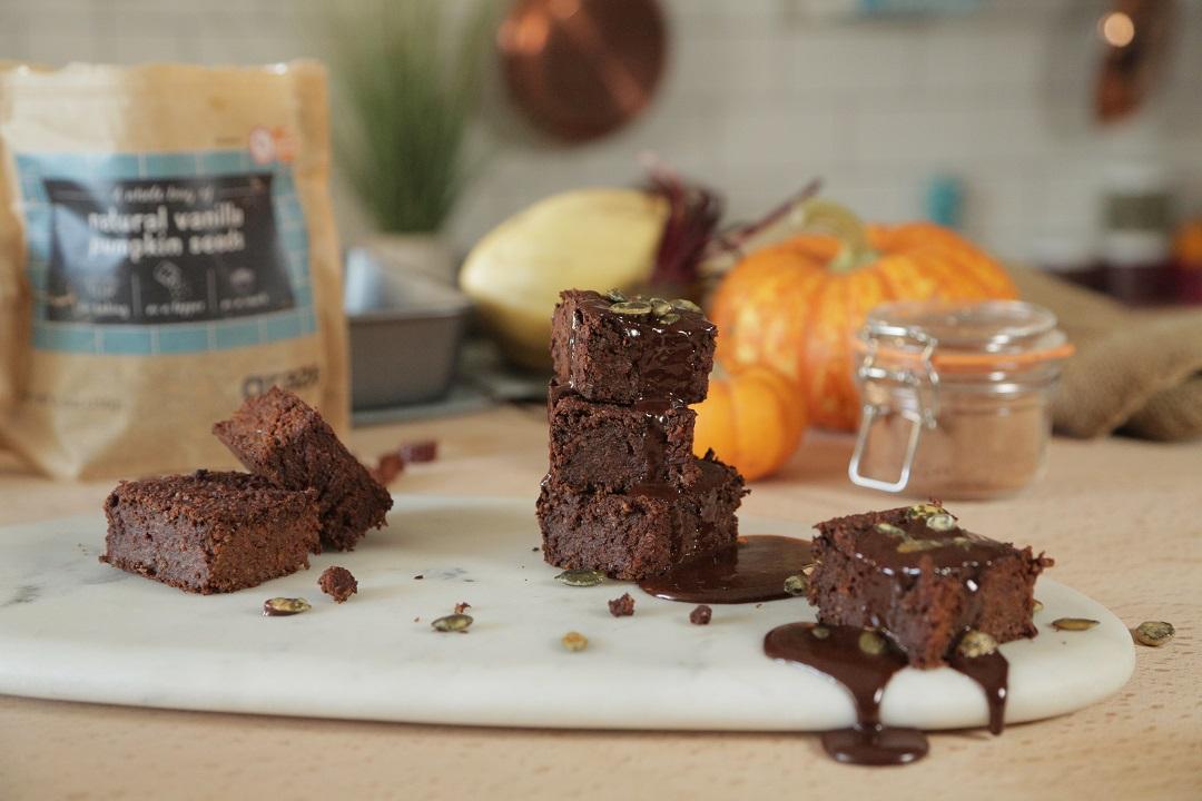 halloween-pumpkin-brownies-recipe-2