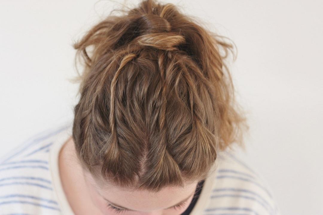 3 Easy Hair Hacks in Under 10 Minutes! 6