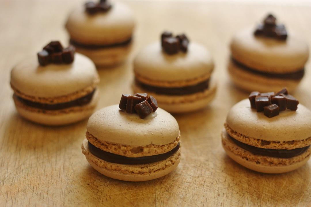 Recipe Chocolate Orange Fudge Macarons 1
